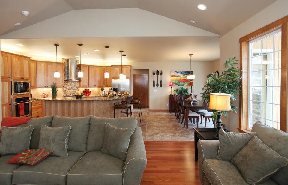 04b living room & kitchen